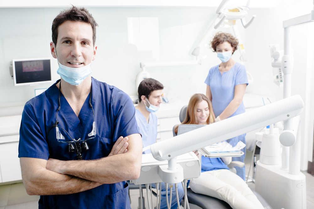 Análisis laboral y profesional del sector odontológico