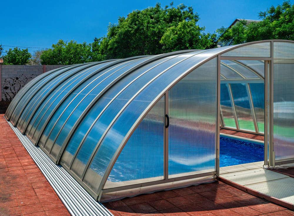 Piscina y con cubierta, tendencias para este verano en la Comunidad de Madrid y en el resto de España